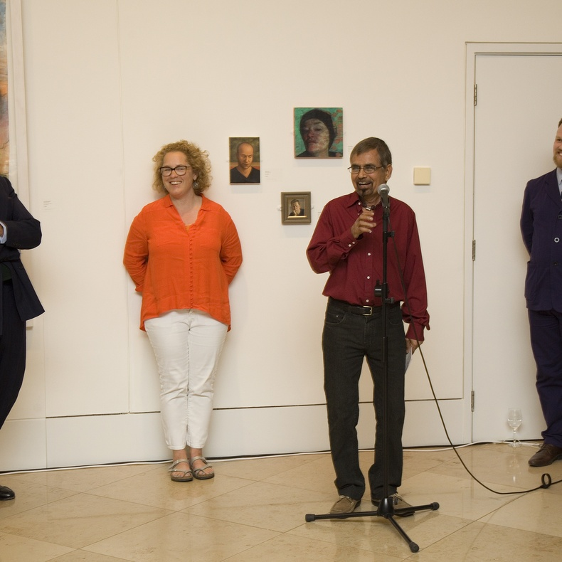 Dr Robert Travers, Dr Ruth Hallgarten, Shanti Panchal and Simon Martin at the Private View